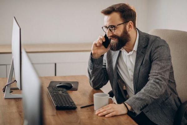 Plano de celular para empresa: vale a pena contratar
